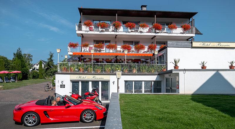 Hotel garni bisenius an der mosel 56 56841 traben trarbach for Designhotel mosel